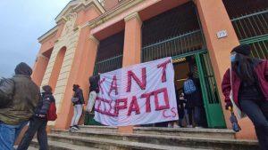 Roma - Violenza poliziesca al Kant occupato
